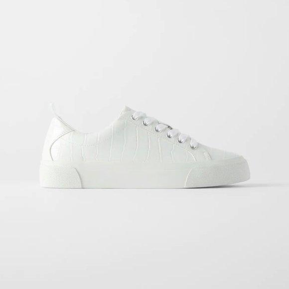 Nwt Size 10 White Animal Print Sneakers